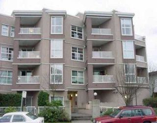 "Photo 1: 307 1688 E 8TH AV in Vancouver: Grandview VE Condo for sale in ""LA RESIDENZA"" (Vancouver East)  : MLS®# V590594"