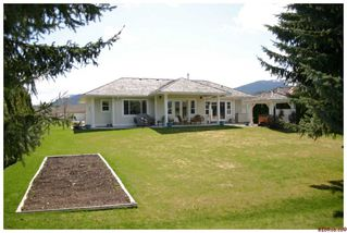 Photo 12: 2532 Golfview Crescent: Blind Bay House for sale (Shuswap/Revelstoke)  : MLS®# 10063132