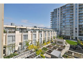 "Photo 7: 404 388 W 1ST Avenue in Vancouver: False Creek Condo for sale in ""THE EXCHANGE"" (Vancouver West)  : MLS®# V1028659"
