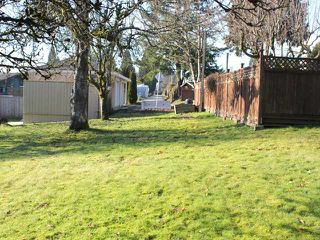 "Photo 8: 965 DELESTRE Avenue in Coquitlam: Maillardville House for sale in ""MAILLARDVILLE"" : MLS®# V1042512"