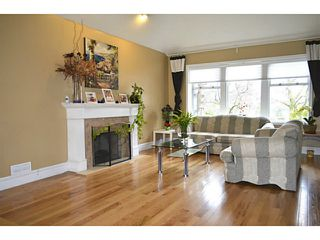 """Photo 3: 14233 86TH Street in Surrey: Bear Creek Green Timbers House for sale in """"BROOKSIDE"""" : MLS®# F1407398"""
