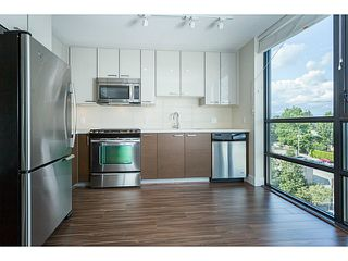 """Photo 8: 804 258 SIXTH Street in New Westminster: Uptown NW Condo for sale in """"258"""" : MLS®# V1056549"""