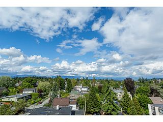"""Photo 5: 804 258 SIXTH Street in New Westminster: Uptown NW Condo for sale in """"258"""" : MLS®# V1056549"""