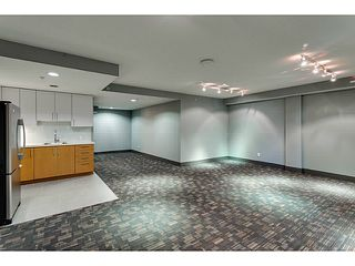 """Photo 19: 804 258 SIXTH Street in New Westminster: Uptown NW Condo for sale in """"258"""" : MLS®# V1056549"""