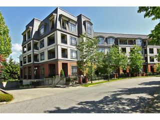 "Photo 2: 301 8880 202ND Street in Langley: Walnut Grove Condo for sale in ""THE RESIDENCES AT VILLAGE SQUARE"" : MLS®# F1409404"