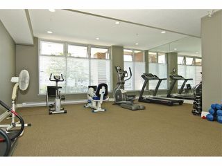 "Photo 19: 301 8880 202ND Street in Langley: Walnut Grove Condo for sale in ""THE RESIDENCES AT VILLAGE SQUARE"" : MLS®# F1409404"