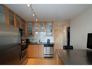 "Photo 2: 609 969 RICHARDS Street in Vancouver: Downtown VW Condo for sale in ""Mondrian II"" (Vancouver West)  : MLS®# V1108545"