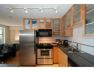 "Photo 3: 609 969 RICHARDS Street in Vancouver: Downtown VW Condo for sale in ""Mondrian II"" (Vancouver West)  : MLS®# V1108545"