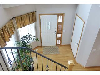 Photo 2: 13 DOUGLAS WOODS Gardens SE in Calgary: Douglasdale Estates House for sale : MLS®# C4003713
