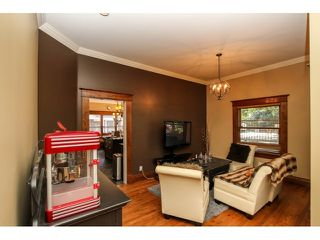 Photo 5: 6354 184TH Street in Surrey: Cloverdale BC House for sale (Cloverdale)  : MLS®# F1436513