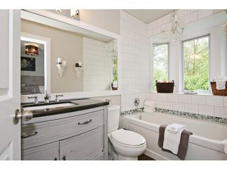 "Photo 14: 21510 83B Avenue in Langley: Walnut Grove House for sale in ""Forest Hills"" : MLS®# F1442407"