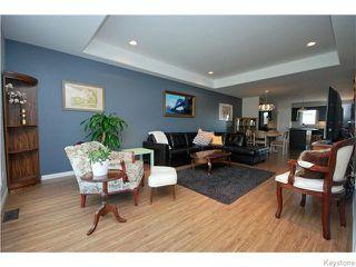 Photo 3: 2 Cambridge Way in NIVERVILLE: Glenlea / Ste. Agathe / St. Adolphe / Grande Pointe / Ile des Chenes / Vermette / Niverville Residential for sale (Winnipeg area)  : MLS®# 1520224