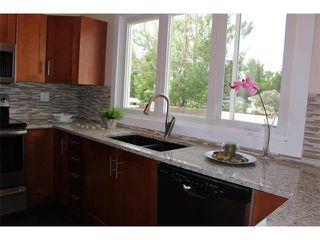 Photo 3: 1616 110 Avenue SW in Calgary: Braeside_Braesde Est House for sale : MLS®# C4031183