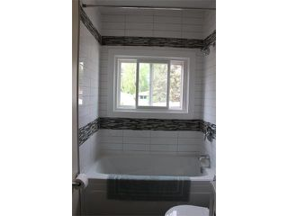 Photo 14: 1616 110 Avenue SW in Calgary: Braeside_Braesde Est House for sale : MLS®# C4031183