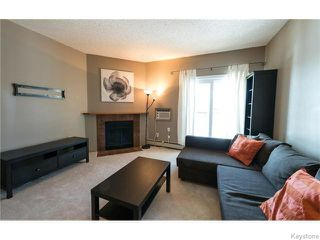 Photo 4: 1044 Bairdmore Boulevard in Winnipeg: Fort Garry / Whyte Ridge / St Norbert Condominium for sale (South Winnipeg)  : MLS®# 1603918