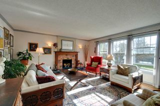 "Photo 2: 5305 MORELAND Drive in Burnaby: Deer Lake Place House for sale in ""DEER LAKE PLACE"" (Burnaby South)  : MLS®# R2039865"