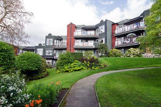"Photo 12: 201 121 W 29TH Street in North Vancouver: Upper Lonsdale Condo for sale in ""Somerset Green"" : MLS®# R2066610"