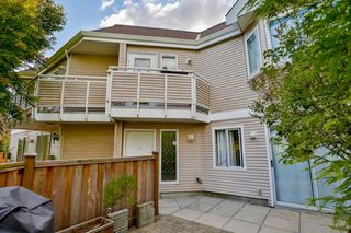 Photo 2: 2 7901 13TH Avenue in Burnaby: East Burnaby Townhouse for sale (Burnaby East)  : MLS®# R2092676