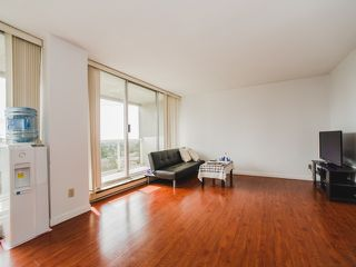 "Photo 7: 1504 6595 BONSOR Avenue in Burnaby: Metrotown Condo for sale in ""BONSOR AVE. PLACE"" (Burnaby South)  : MLS®# R2105799"