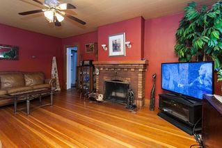 "Photo 3: 8412 192 Street in Surrey: Port Kells House for sale in ""Port Kells"" (North Surrey)  : MLS®# R2127336"