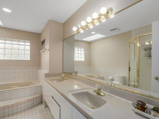 """Photo 13: 12391 JENSEN Drive in Richmond: East Cambie House for sale in """"CALIFORNIA POINT"""" : MLS®# R2130694"""