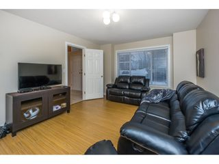 Photo 12: 21585 95A Avenue in Langley: Walnut Grove House for sale : MLS®# R2132168