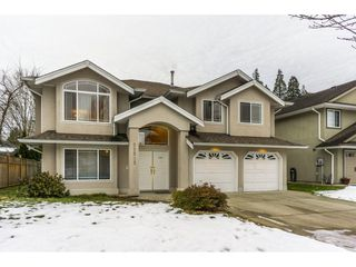 Photo 1: 21585 95A Avenue in Langley: Walnut Grove House for sale : MLS®# R2132168