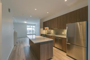 """Photo 2: 47 1188 WILSON Crescent in Squamish: Downtown SQ Townhouse for sale in """"The Current"""" : MLS®# R2132243"""