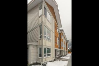"""Photo 19: 47 1188 WILSON Crescent in Squamish: Downtown SQ Townhouse for sale in """"The Current"""" : MLS®# R2132243"""