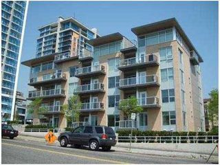 Photo 1: 202 1288 CHESTERFIELD Ave in North Vancouver: Home for sale : MLS®# V954626