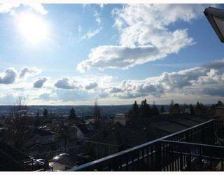 Photo 2: 30 4055 PENDER Street in Redbrick Heights: Home for sale : MLS®# V810483