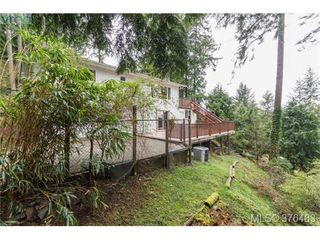 Photo 18: 3316 Fulton Rd in VICTORIA: Co Triangle Single Family Detached for sale (Colwood)  : MLS®# 755827