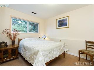 Photo 11: 3316 Fulton Rd in VICTORIA: Co Triangle Single Family Detached for sale (Colwood)  : MLS®# 755827