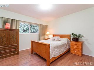 Photo 7: 3316 Fulton Rd in VICTORIA: Co Triangle Single Family Detached for sale (Colwood)  : MLS®# 755827