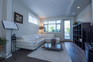"""Photo 2: 5757 ST. GEORGE Street in Vancouver: Fraser VE Townhouse for sale in """"ST. GEORGE"""" (Vancouver East)  : MLS®# R2172060"""