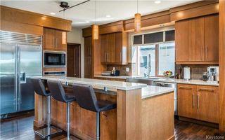 Photo 6: 24 Eastoak Drive in Winnipeg: Royalwood Residential for sale (2J)  : MLS®# 1713989