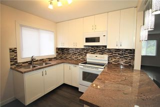 Photo 7: 3318A 38 Street SW in Calgary: Glenbrook House for sale : MLS®# C4120224