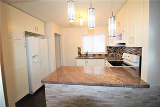 Photo 6: 3318A 38 Street SW in Calgary: Glenbrook House for sale : MLS®# C4120224
