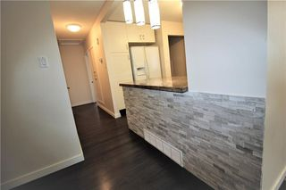 Photo 11: 3318A 38 Street SW in Calgary: Glenbrook House for sale : MLS®# C4120224