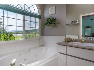 Photo 13: 34816 HARTNELL Place in Abbotsford: Abbotsford East House for sale : MLS®# R2175613