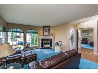 Photo 3: 34816 HARTNELL Place in Abbotsford: Abbotsford East House for sale : MLS®# R2175613
