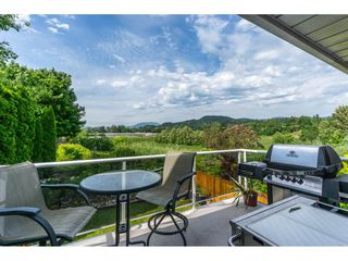 Photo 2: 34816 HARTNELL Place in Abbotsford: Abbotsford East House for sale : MLS®# R2175613