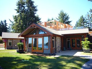 Photo 1: 494 Arbutus Drive in Mayne Island Resort  Beach Homes: Beach Home for sale