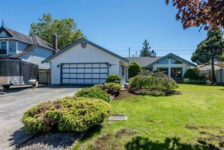 Photo 2: 16130 95A Avenue in Surrey: Fleetwood Tynehead House for sale : MLS®# R2181782