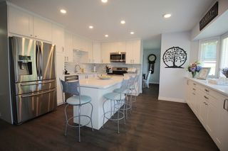 """Photo 5: 5143 219A Street in Langley: Murrayville House for sale in """"Murrayville"""" : MLS®# R2182532"""
