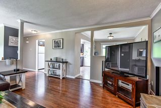 Photo 3: 26679 30A Avenue in Langley: Aldergrove Langley House for sale : MLS®# R2186545