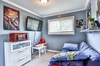 Photo 11: 26679 30A Avenue in Langley: Aldergrove Langley House for sale : MLS®# R2186545