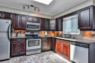 Photo 5: 26679 30A Avenue in Langley: Aldergrove Langley House for sale : MLS®# R2186545