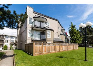 "Photo 2: 323 1850 E SOUTHMERE Crescent in Surrey: Sunnyside Park Surrey Condo for sale in ""Southmere Place"" (South Surrey White Rock)  : MLS®# R2192713"