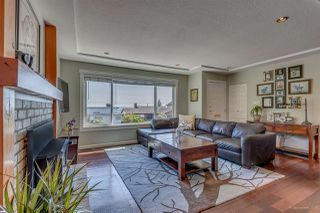 Photo 2: 955 WALLS Avenue in Coquitlam: Maillardville House for sale : MLS®# R2201124